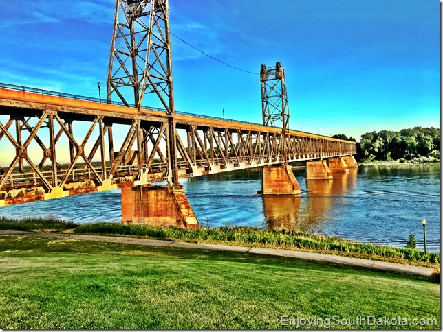 Yankton South Dakota's meridian bridge