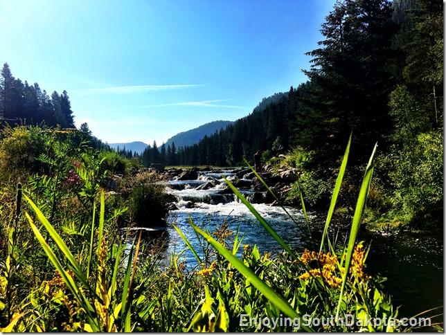 find plenty of day hiking in spearfish canyon